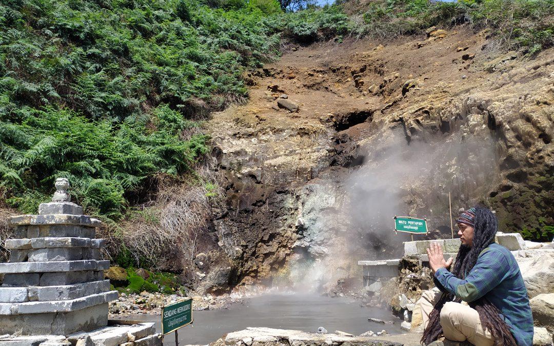 Kawah Candradimuka, sisa peningggalan kesaktian Gatotkaca di dunia